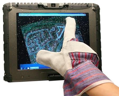 Ecran tactile résistif avec gant