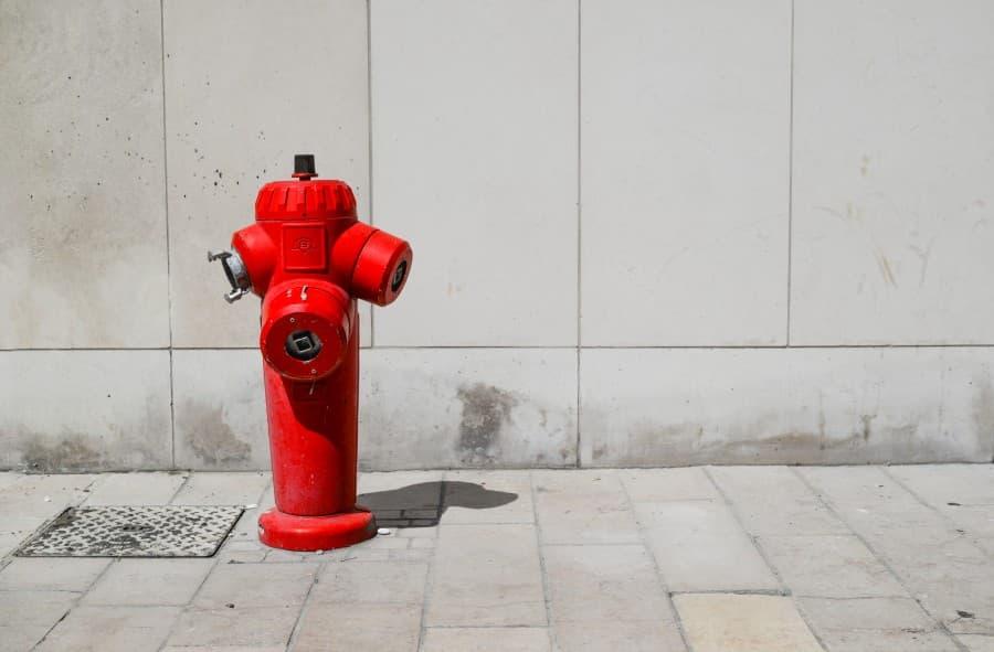 Borne incendie connectée et intelligente