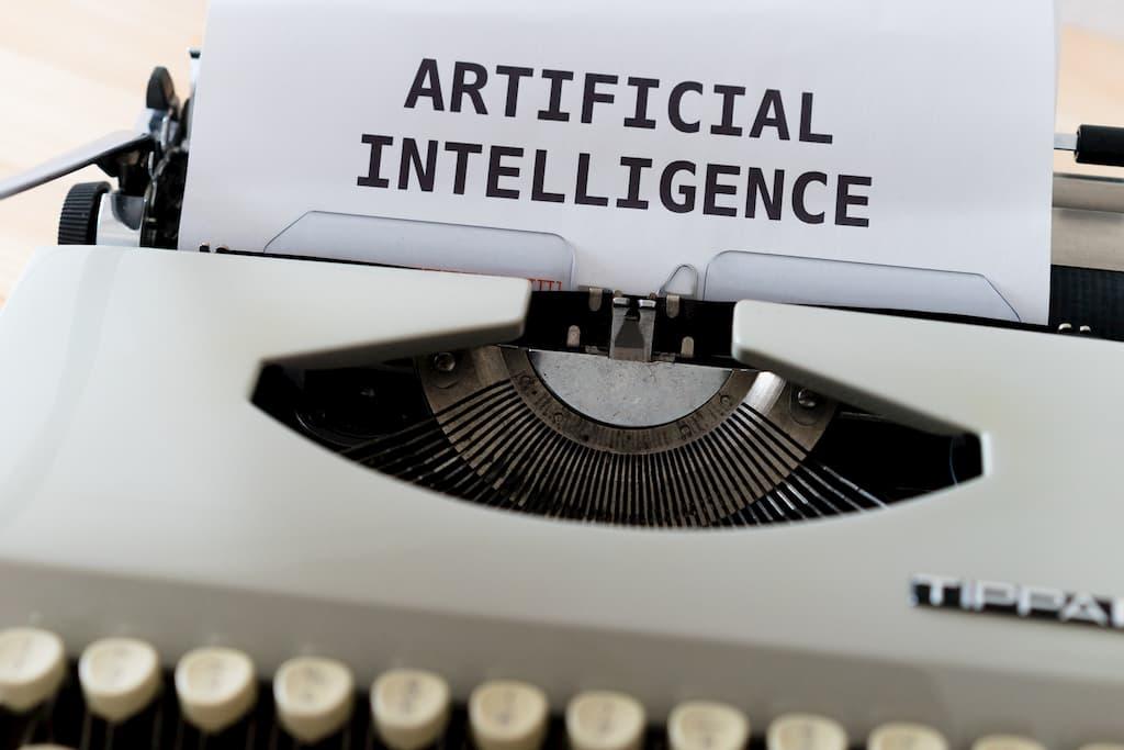 Intelligence artificielle écrit sur une machine à écrire